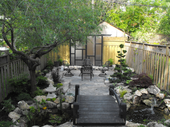 How to Choose the Right Landscaping Stone for Your Property